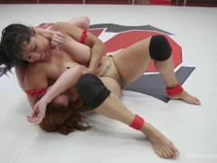 Bella Rossi and Izamar Gutierrez 100 percent real erotic WRestling