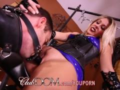 Goddess Nikki Brooks Controls Her Sissy Maid