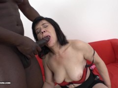 Granny Squirting and fucking big blac...