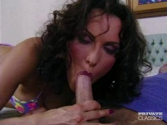 Isabella Likes Anal Sex Before Going to Bed
