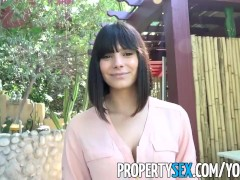PropertySex - Gorgeous agent convinces homeowner to sell house