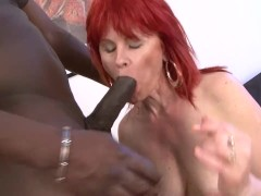 Mature Lady Interracial Hardcore Puss...