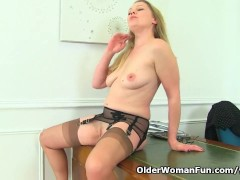 English milf Abi's secretary skills are beyond amazing