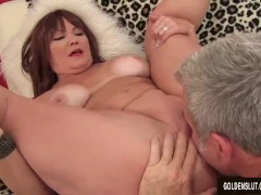 Mature Hoochie Isabelle Love Is Banged by a Goateed Guy