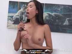 Wetandpissy - Devon Lee toys her wet pussy in hd pissing scene