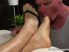 Muscular jock KC fell asleep and got his feet licked