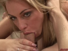 Divorced Mom picks up young guy for sex