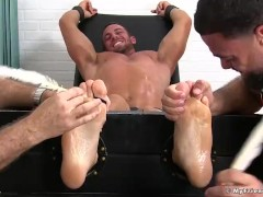 Muscle stud cries out for help from feet tickling homos
