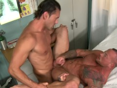HOT Muscle Hunk Daddy Found An Empty Room, Let's Fuck & Hurry!