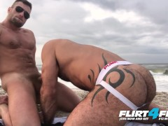 Flirt4Free Models Killian & Crew - Athletic Ripped Studs Bareback on the Beach