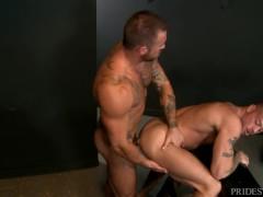 MenOver30 Sexy Muscle Hunk Friends Sean Duran & Michael Roman