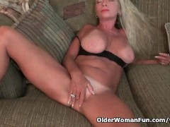 American gilf Kyle spoils us with her massive boobs