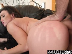Manuel Ferrara - Jennifer White Takes A Pounding In Her ASS