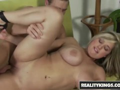 Reality Kings - Busty blonde Dayna Vendetta takes it like a champ for her first porn shoot