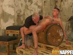 Lanky twink Max London tied up before big dick cumshot