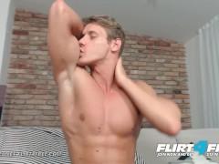 Flirt4Free Mode Eluan Jeunet - Perfect Ripped Model Stroking His Huge Cock