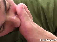Hunk Joey relaxes during feet licking and sucking session