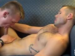 JasonSparksLive - Hot muscle jocks fuck bareback on couch after giving head