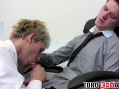 Office twink Jake Hardy fucks for cumshot after blowjob