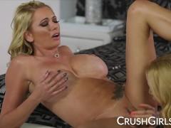 Briana Banks and Sarah Jessie sensual pussy licking