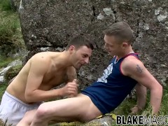 Bottom stud ass destroyed during hitchhike in nature