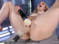 Big booty cumming housewife