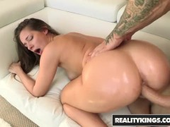 Reality Kings - Hot young PAWG Cassidy Klein needs a big cock