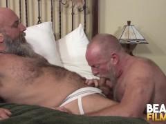 Maduro casado a pelo porno gay Maduros Videos And Gay Porn Movies Pornmd
