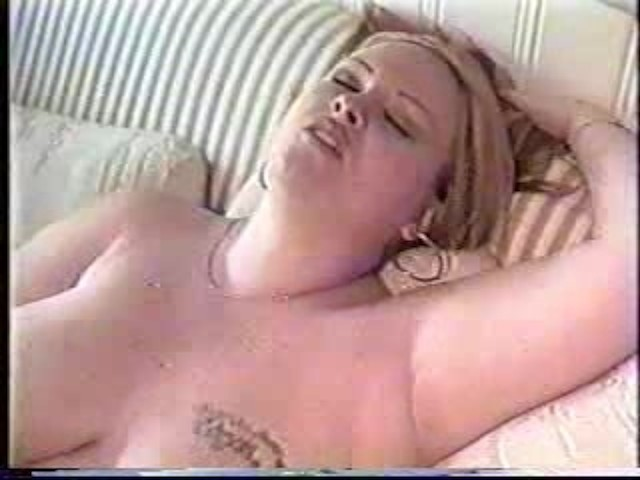 420 thick babe fucks herself amp cums twice 3