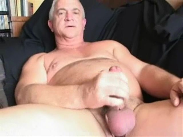 Handsome hairy german daddy 1