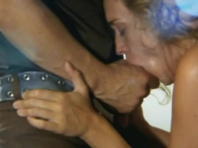Chloe Sevigny Bj In 27The Brown Bunny27 - Guarda il porno-7298
