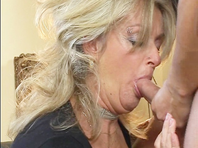 black bitch deepthroat