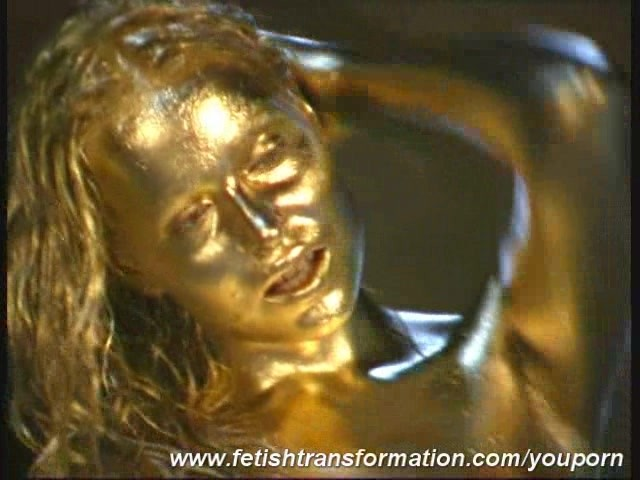 gold-painted-pussy
