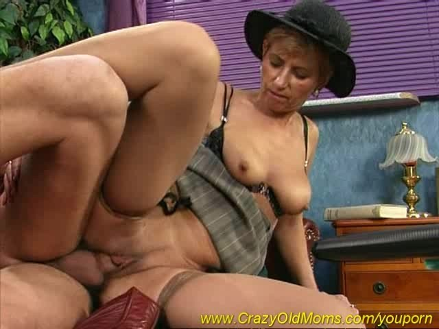 Old Mom Enjoys Her First Anal Sex - Free Porn Videos - Youporn-4646