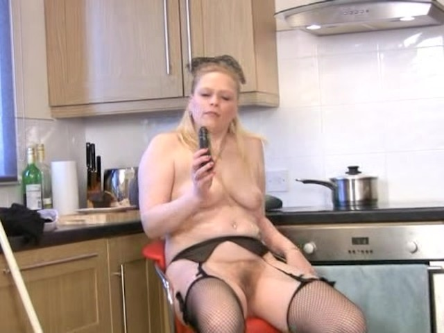 Cougar Milf Solo Sex In Kitchen - Free Porn Videos - Youporn-4007
