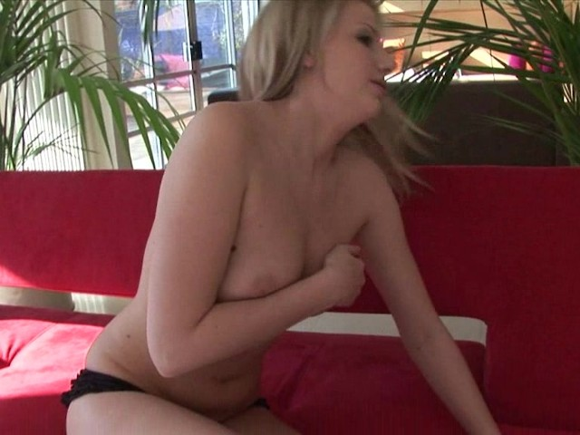 hot pussy play with danielle - free porn videos - youporn