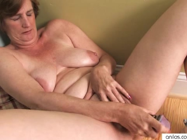 mature women only masturbating