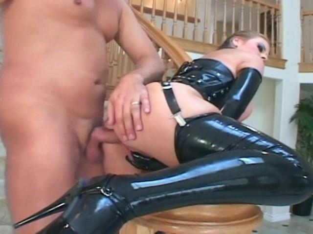 LOLLY GARTNER ESCORT GIRL AND GIRL SEX