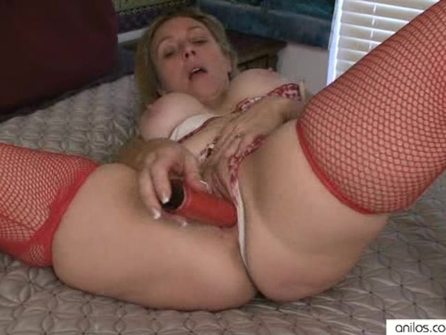 Sex Toy Milf