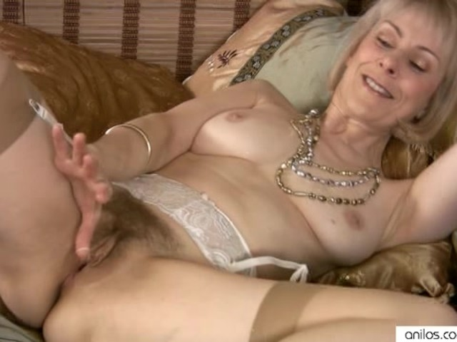 Mature Masturbation Hairy