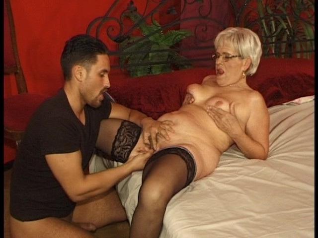Older Woman Wants Only Younger Men - Free Porn Videos - Youporn