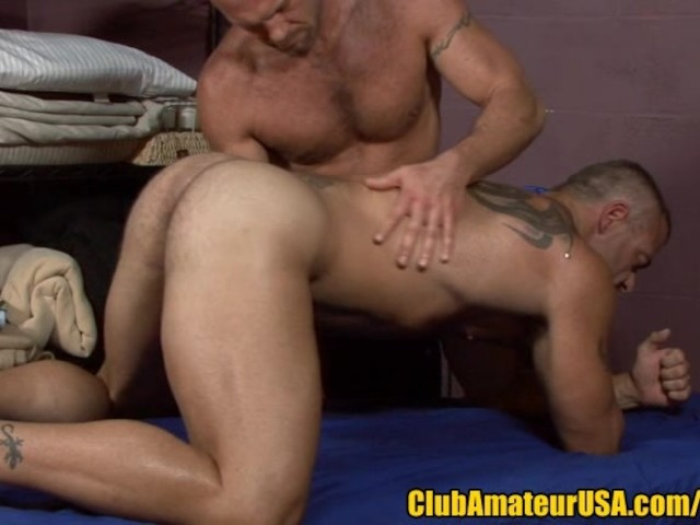 PROSTATE MASSAGE-FREE GAY PORN VIDEO