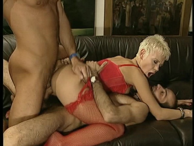 Daily submitted Blondes Porn - GF Porn Tube