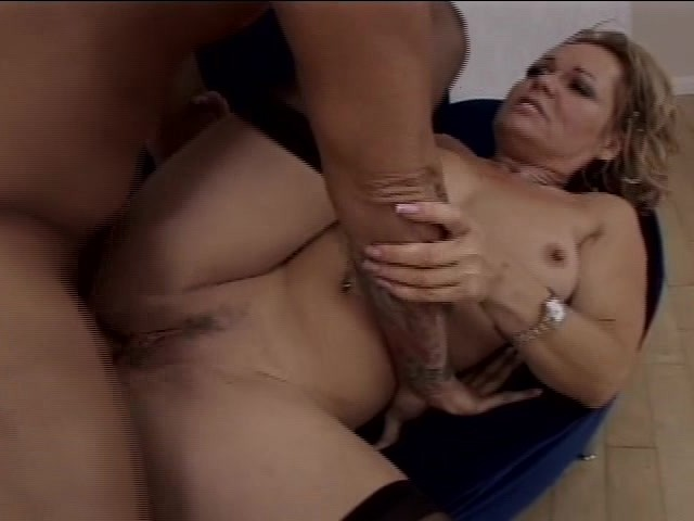 Interracial wife breading cream pie
