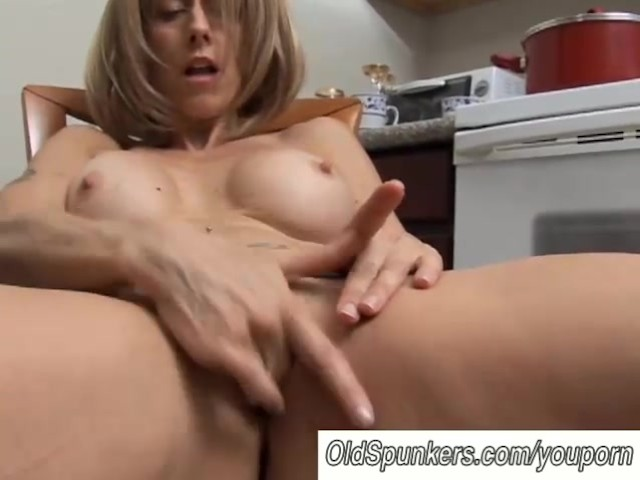 Sexy Milf Has A Wet Pussy - Free Porn Videos - Youporn-2332