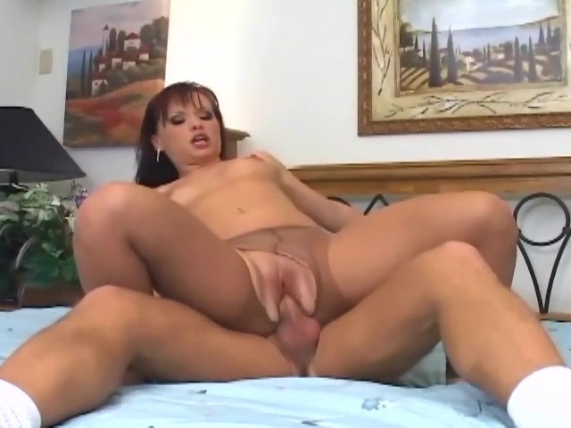Nude Crotchless Pantyhose Sex And Foot Fetish - Free Porn -3132
