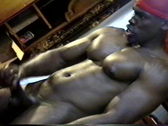 Ebony Muscle Thug With Huge Cock - Free Porn Videos -1373