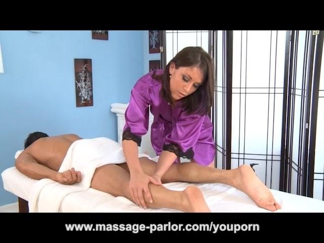 Gorgeous Brunette Amiee Cambridge Massage and Blowjob - Free Porn Videos -  YouPorn