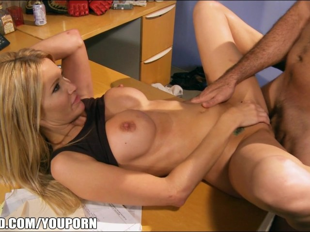 jessica drake asian porn star - Pro Fighter Jessica Drake Gives Her Promoter a Piece of Ass - Free Porn  Videos - YouPorn