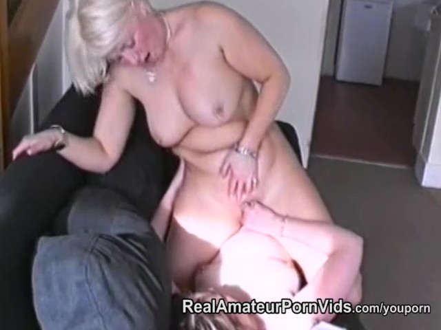 Nervous Housewifes First Lesbian Encounter - Free Porn Videos - Youporn-8293